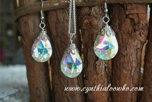 Crystal Drop Necklace and Earring Set